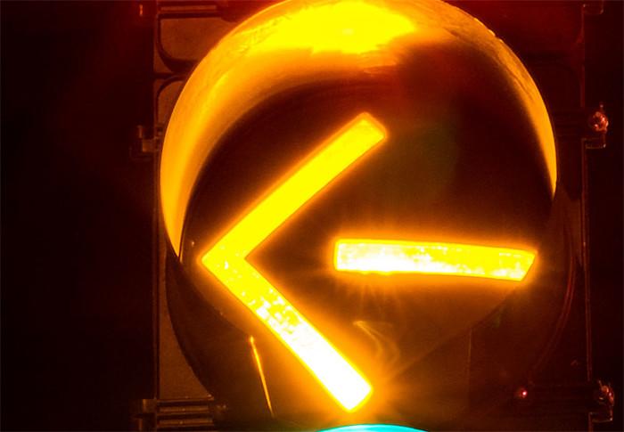 flashing yellow traffic light - photo #44